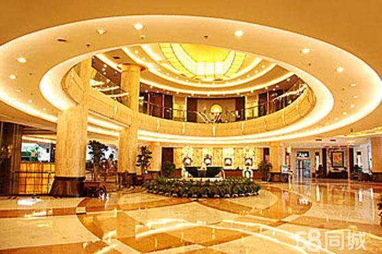 世纪金源大饭店二层宴会厅